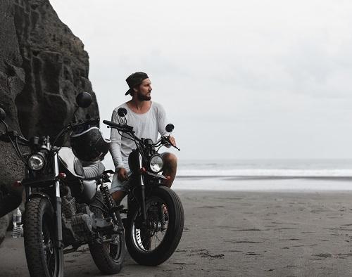 traceur gps moto sans carte sim